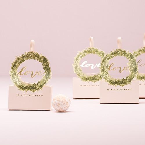 Love Wreath Favor Box