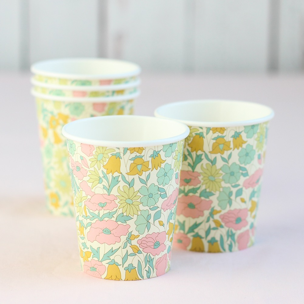 Liberty Party Cups 8801