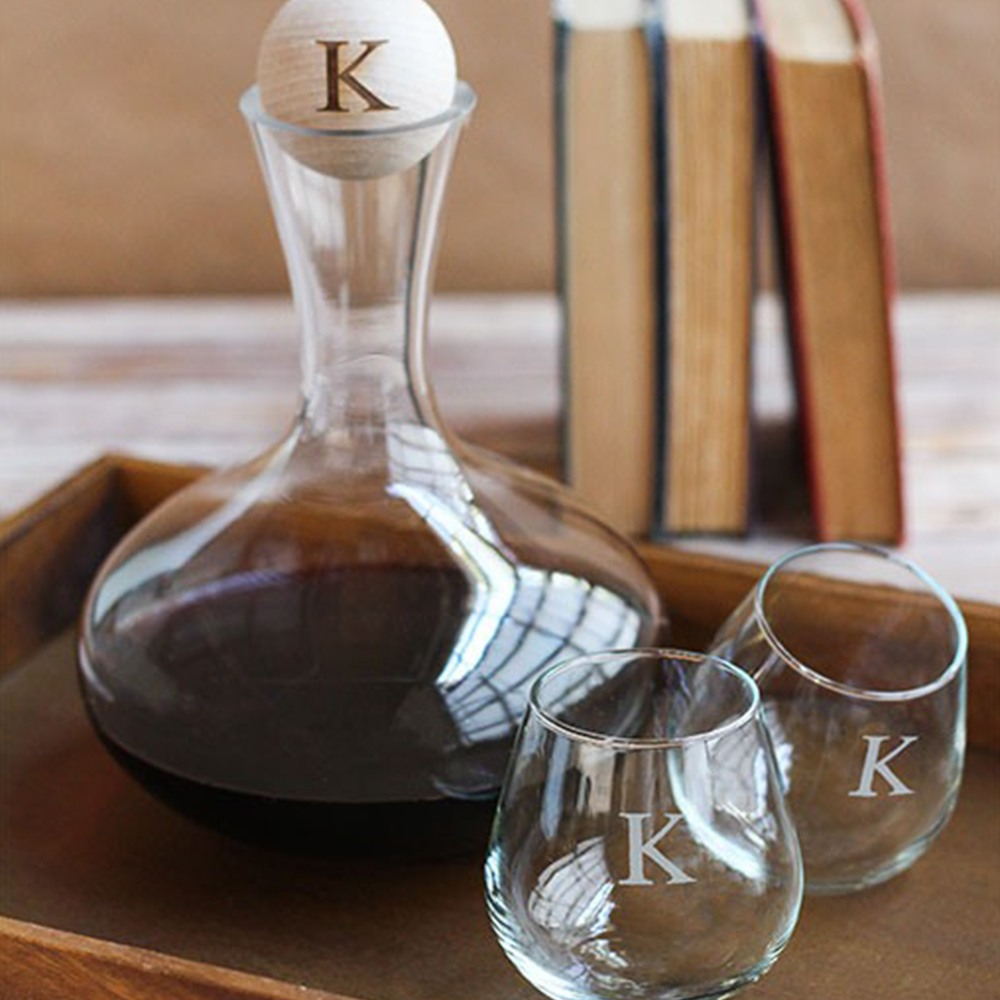 Personalized Wine Decanter With Wood Stopper 8881