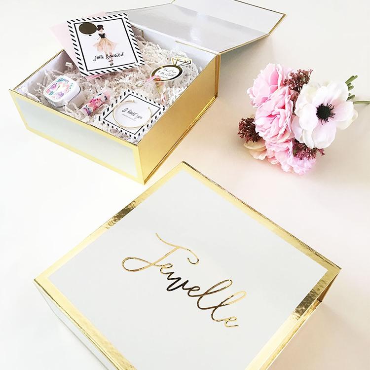 Personalized Gift Box 9654