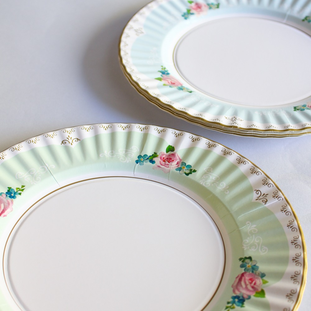 Large Pretty Plates 9984