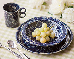 Classic Dinnerware 3-Piece Place<br>Setting