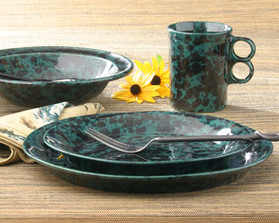 Classic Dinnerware 4-Piece Place Setting