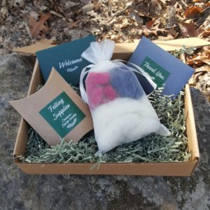 Lichendia-Felting-Kits-Eva-Ornament-Ball©Hillary-Dow