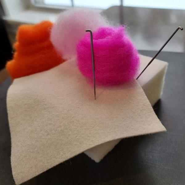 pink_orange_heart_felting_kit_beginner