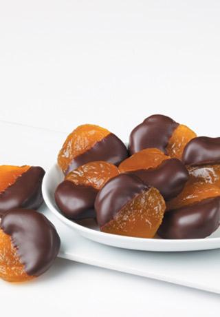 Glacéed Apricots au Chocolat