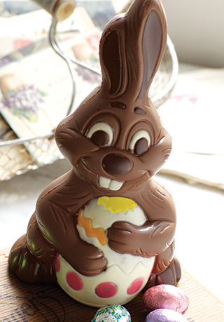 8.5 OZ Easter Bunny