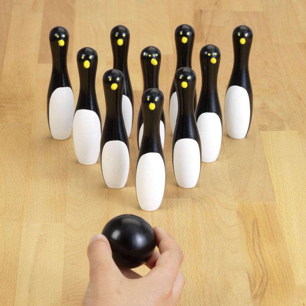 Penguin Bowling Game