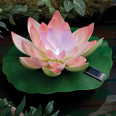Glowing Water Lily Solar Pond Light