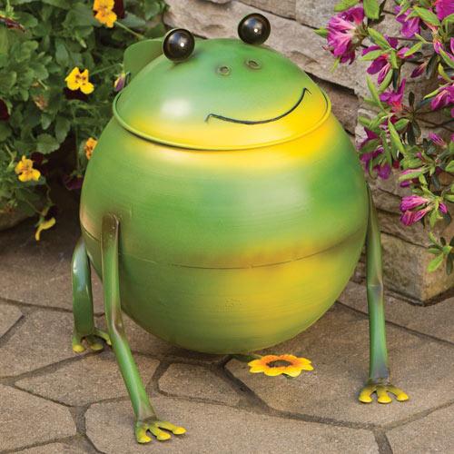 Frog Metal Trash Can