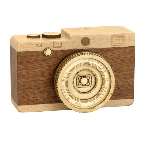 Wooden Camera Music Box- I Left My Heart In San Francisco