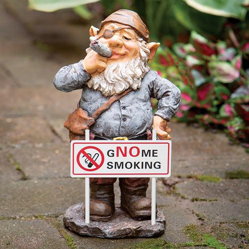 Gnome Smoking