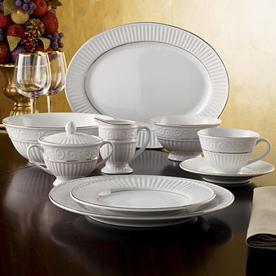 Claremont Gold 45 Piece Dinnerware Set