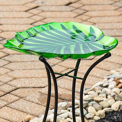 Leaf Shaped Birdbath With Stand