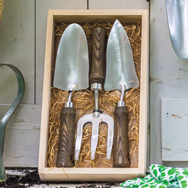 Traditional 3-Piece Garden Tool Set