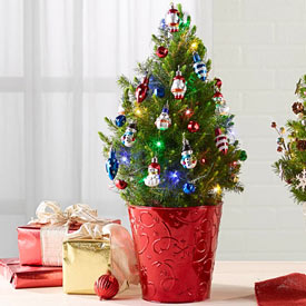 Christmas Classic Potted Spruce - Christmas Classic Pre-Decorated Spruce Tree