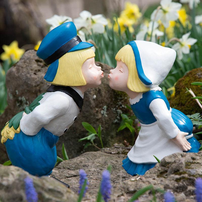 Couple Statue For Decor