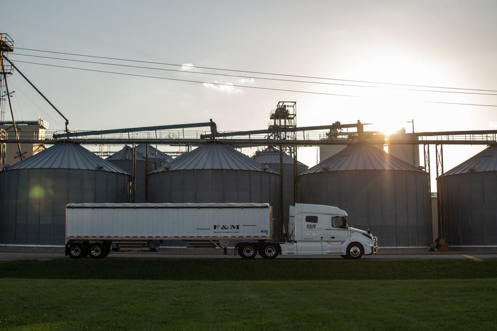 Grain Trucks For Sale Hopper Trailers Hopper Jobs Grain