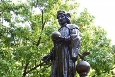 A statue of Christopher Columbus.