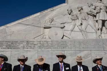 Sons of the Republic of Texas at Alamo monument
