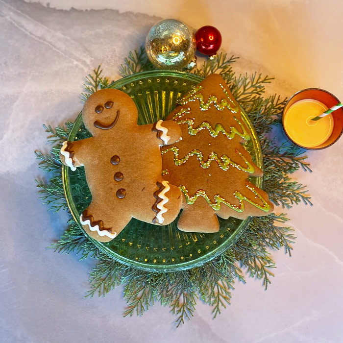 Holiday Giant Gingerbread Cookies - Set of 2