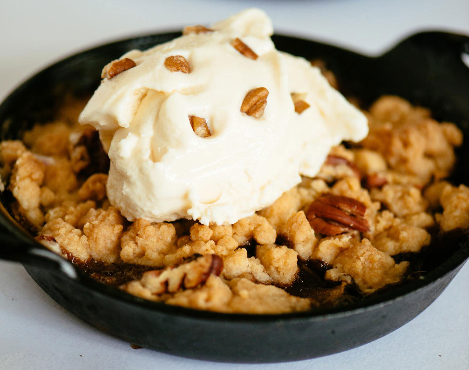 Featured Chef Ashley Roussel's Pecan Apple Crisps Recipe