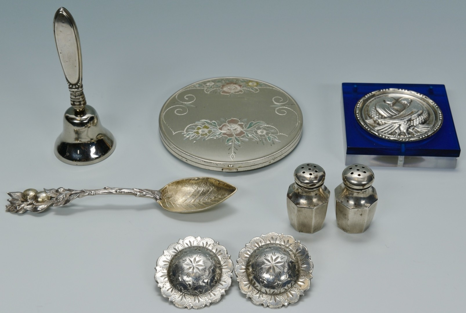 Lot 500: Assorted sterling silver novelties, 8 items