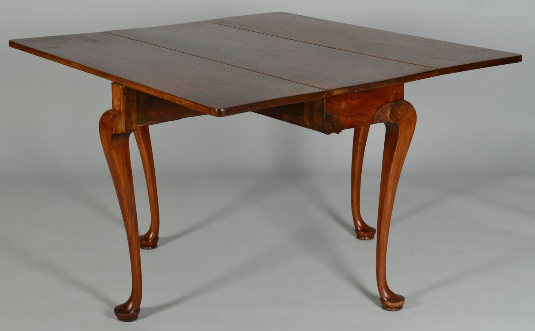 Lot 350: Queen Anne Dropleaf Table