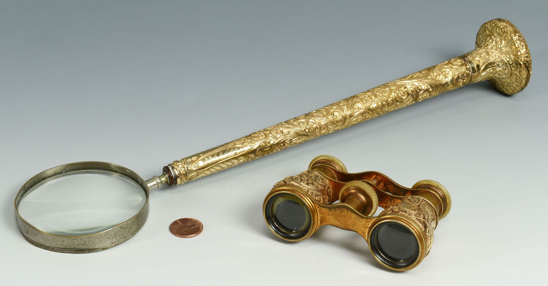 Lot 502: Mays Lick, KY Magnifying Glass & Opera Glasses