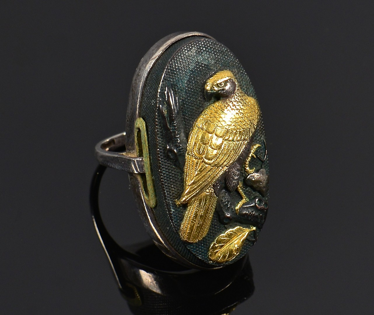 Lot 799: Japanese Kashira (Sword) Ring