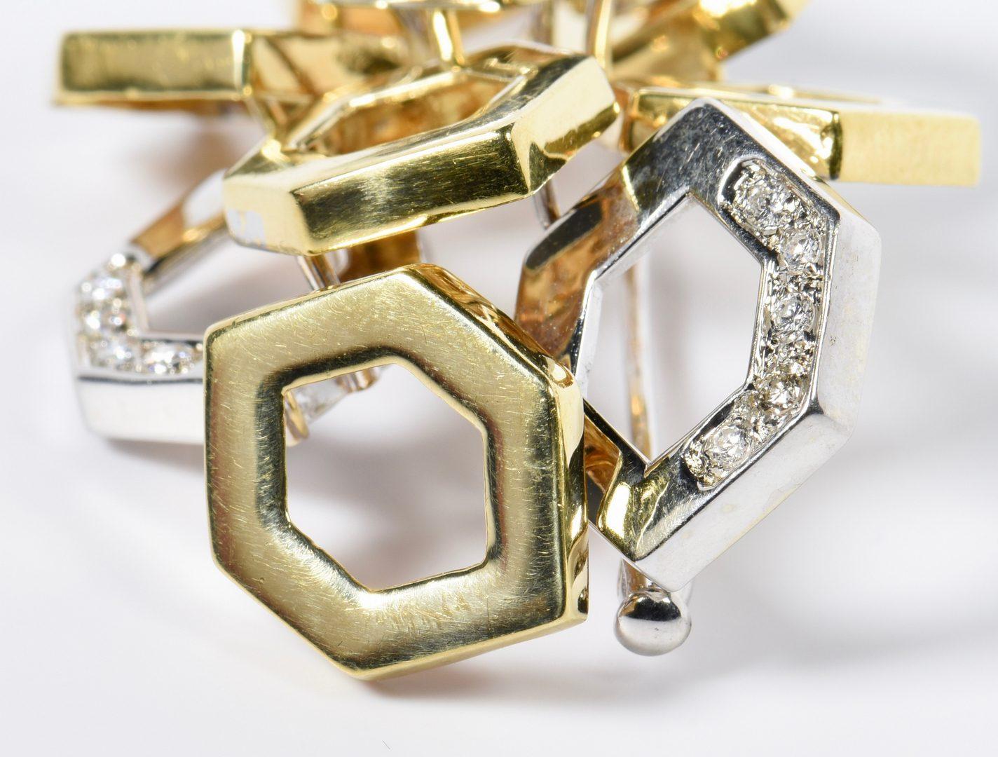 Lot 809: 18K Diamond Italian Fashion Pin
