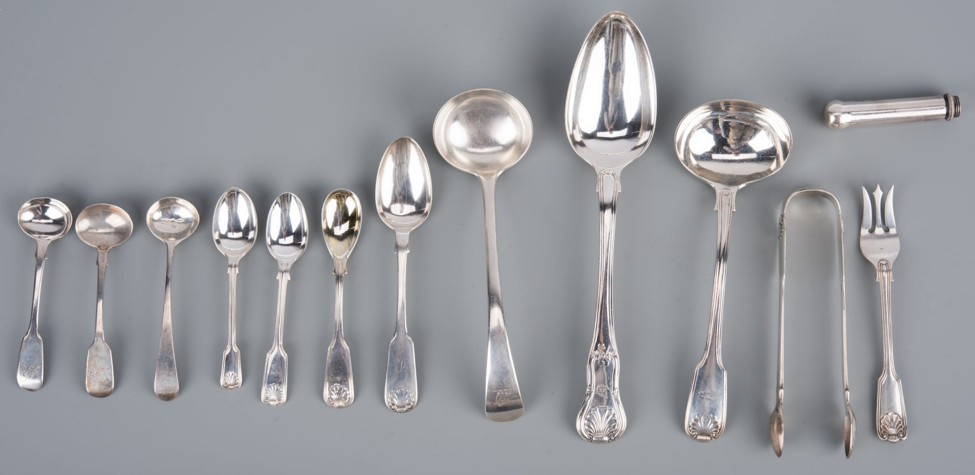 Lot 66: Sterling Shell Flatware inc. Aberdeen
