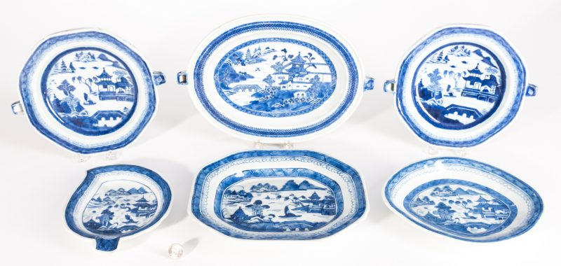 Lot 25: Canton and Nanking Porcelain, 6 pcs inc. warmers