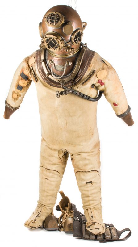 Lot 785: 1939 U.S. Navy Morse Dive Helmet & Full Dive Suit