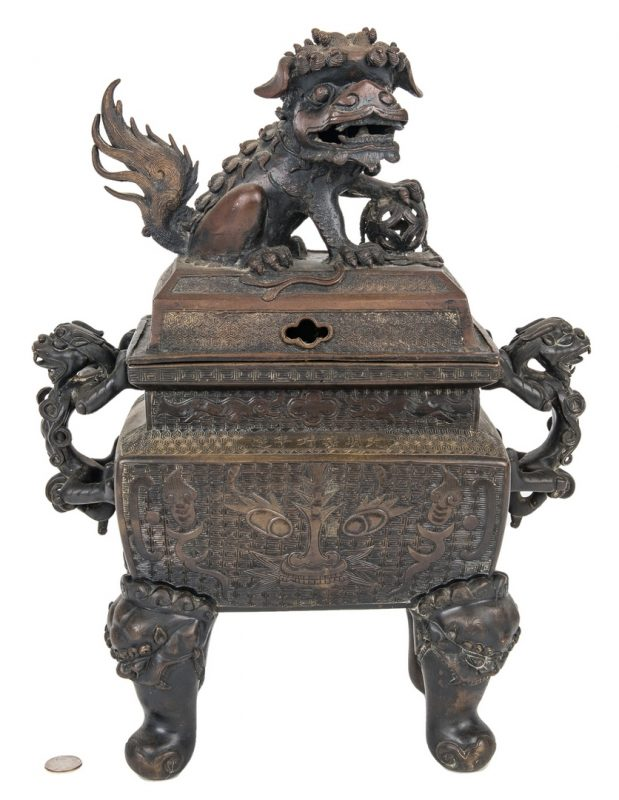 Lot 470: Large Chinese Bronze Foo Dog Censer