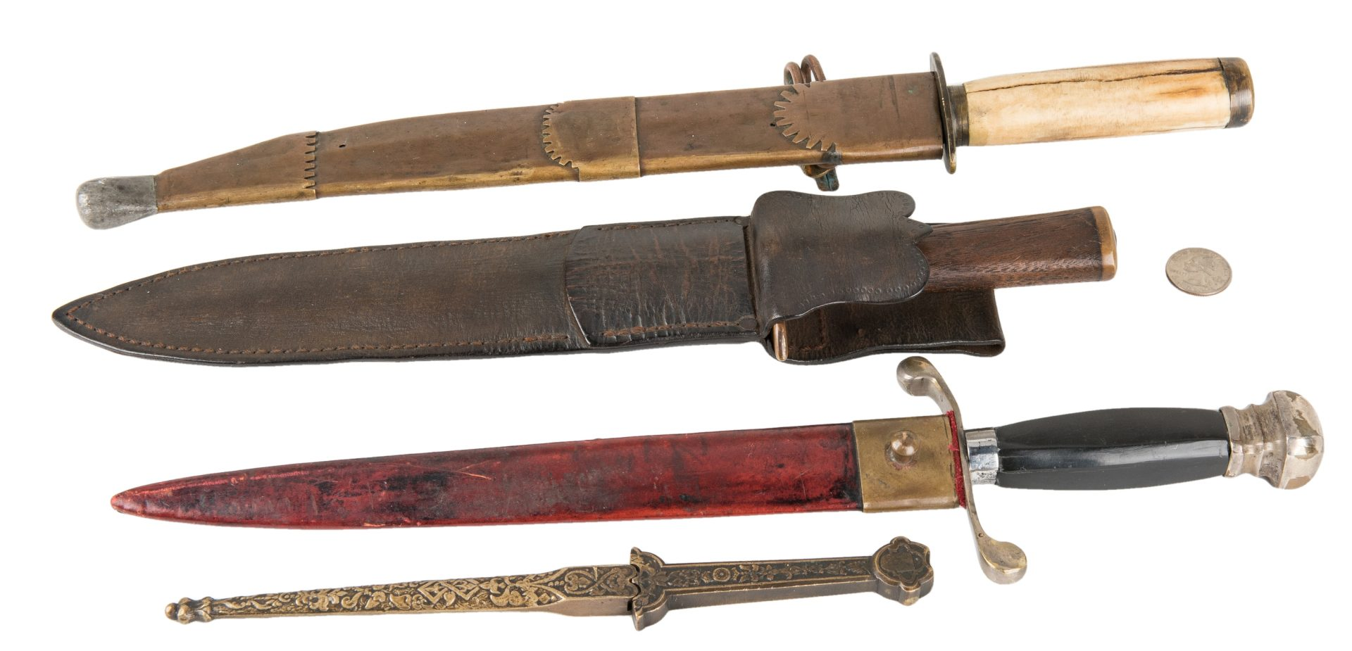 Lot 789: 4 19th/20th Cent. American or European Knives