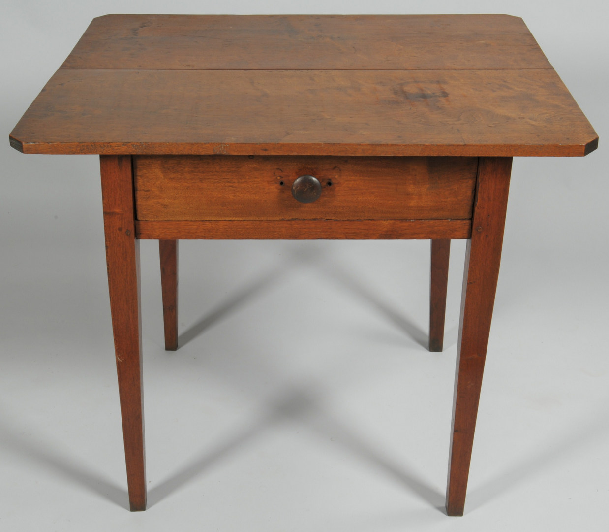 Lot 112: Large Tennessee One Drawer Stand