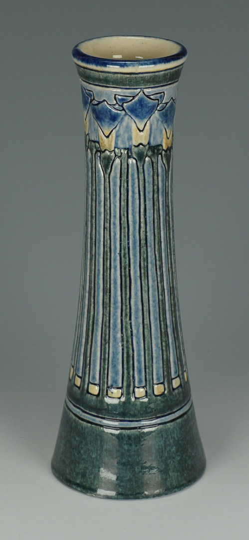Lot 130: Newcomb Art Pottery Vase by Leona Nicholson