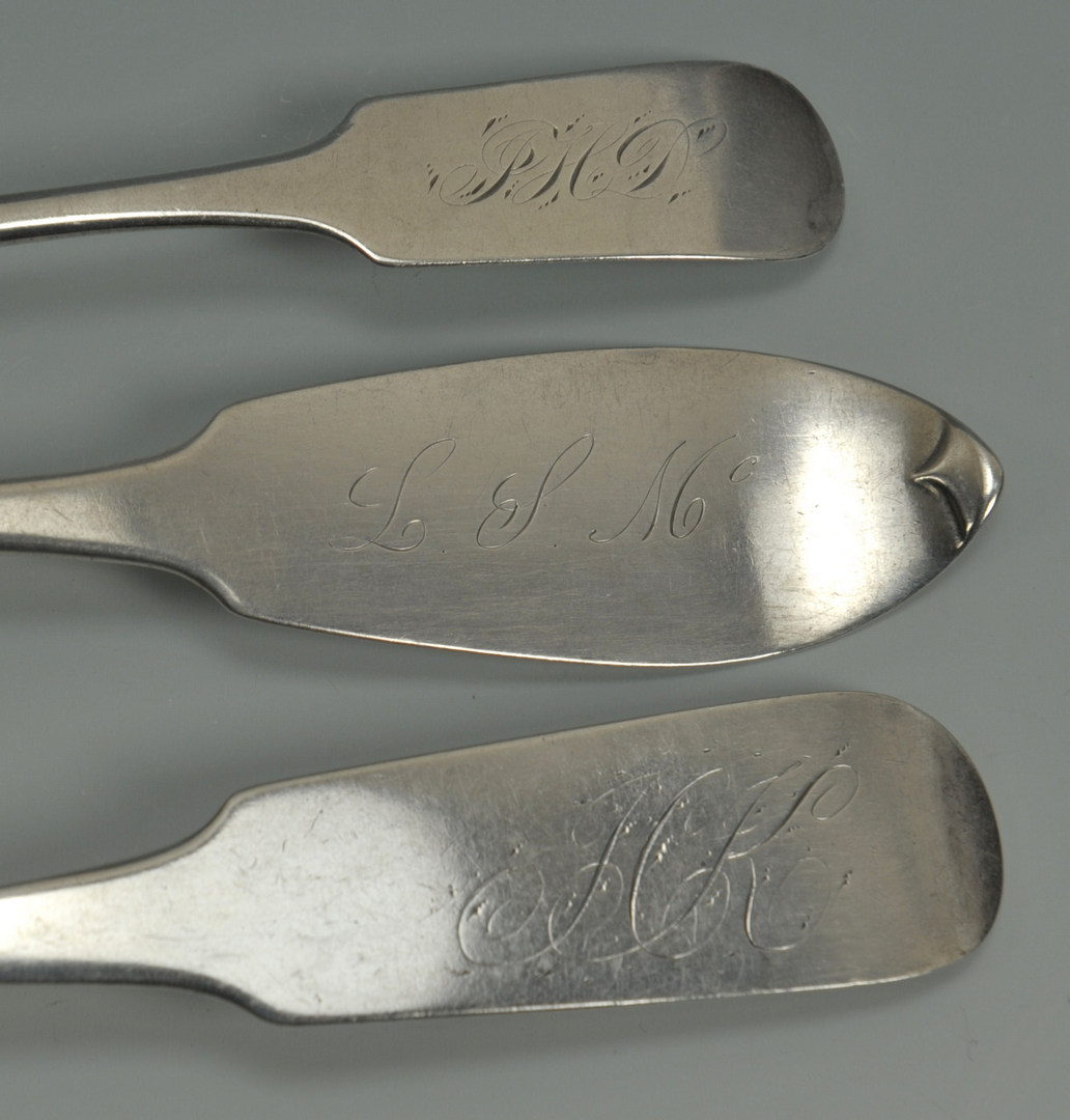 Lot 227: 8 Coin silver tablespoons, 5 teaspoons, NY & NJ
