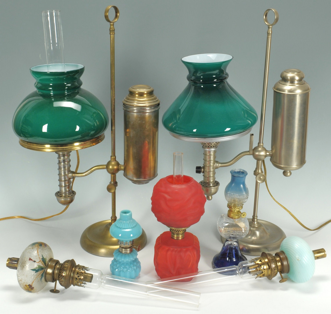 Lot 279: Grouping of 7 American Lamps