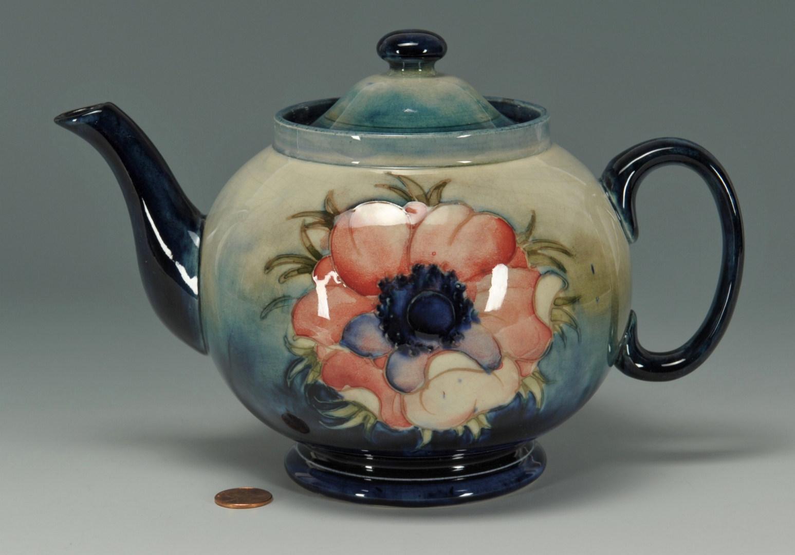 Lot 282: Moorcroft Anemone Teapot