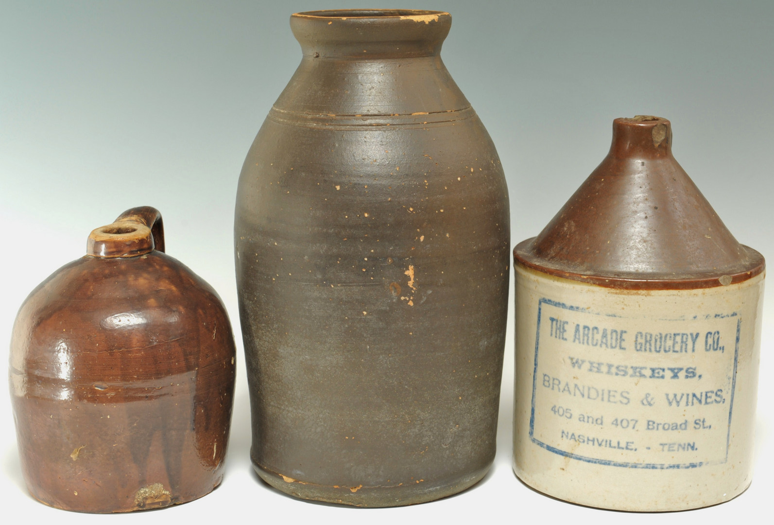 Lot 291: 3 Middle TN Pottery Items
