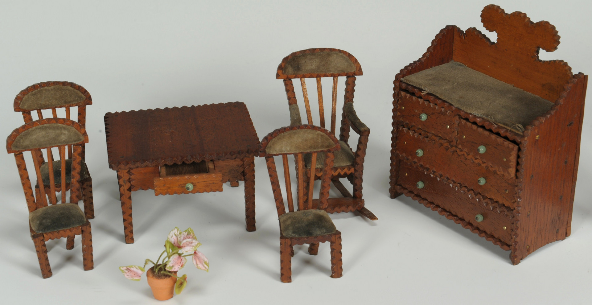 Lot 309: Miniature Folk Art Room Diorama