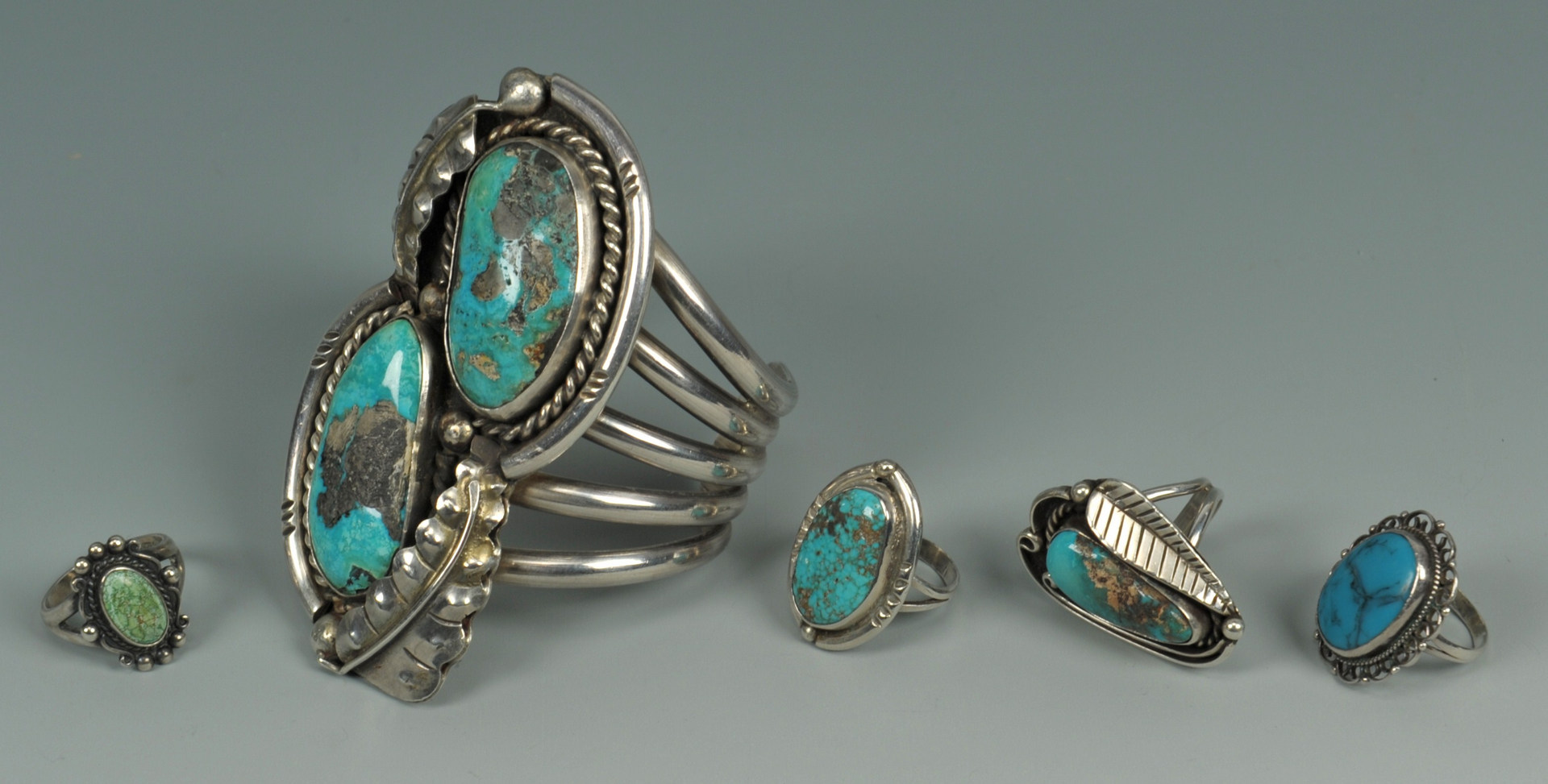 Lot 386: Group of Southwestern Turquoise jewelry