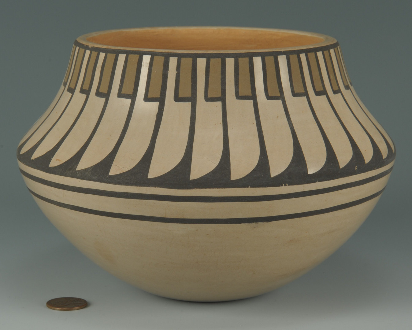 Lot 391: San Ildefonso polychrome jar, Blue Corn