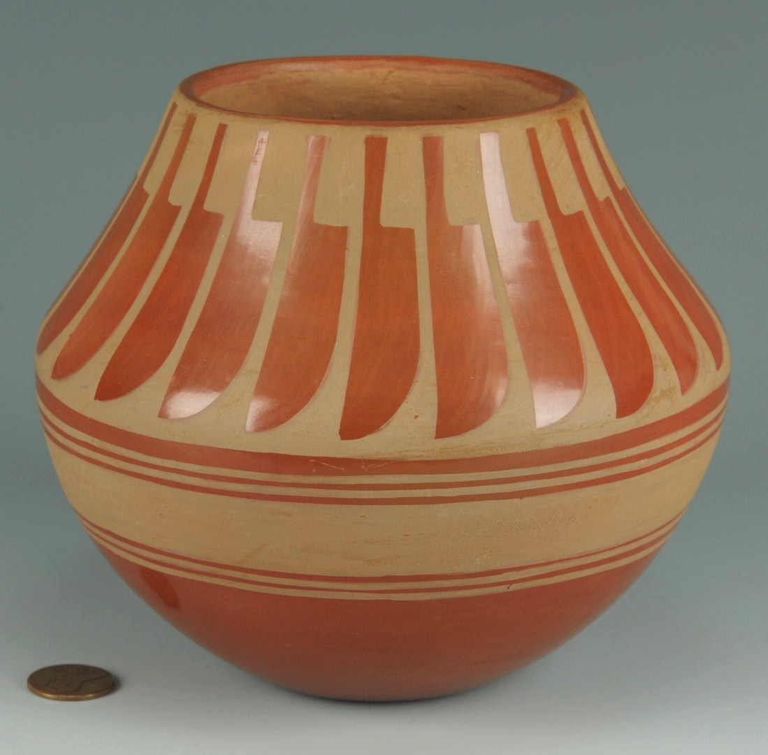 Lot 392: San Ildefonso redware jar, Blue Corn