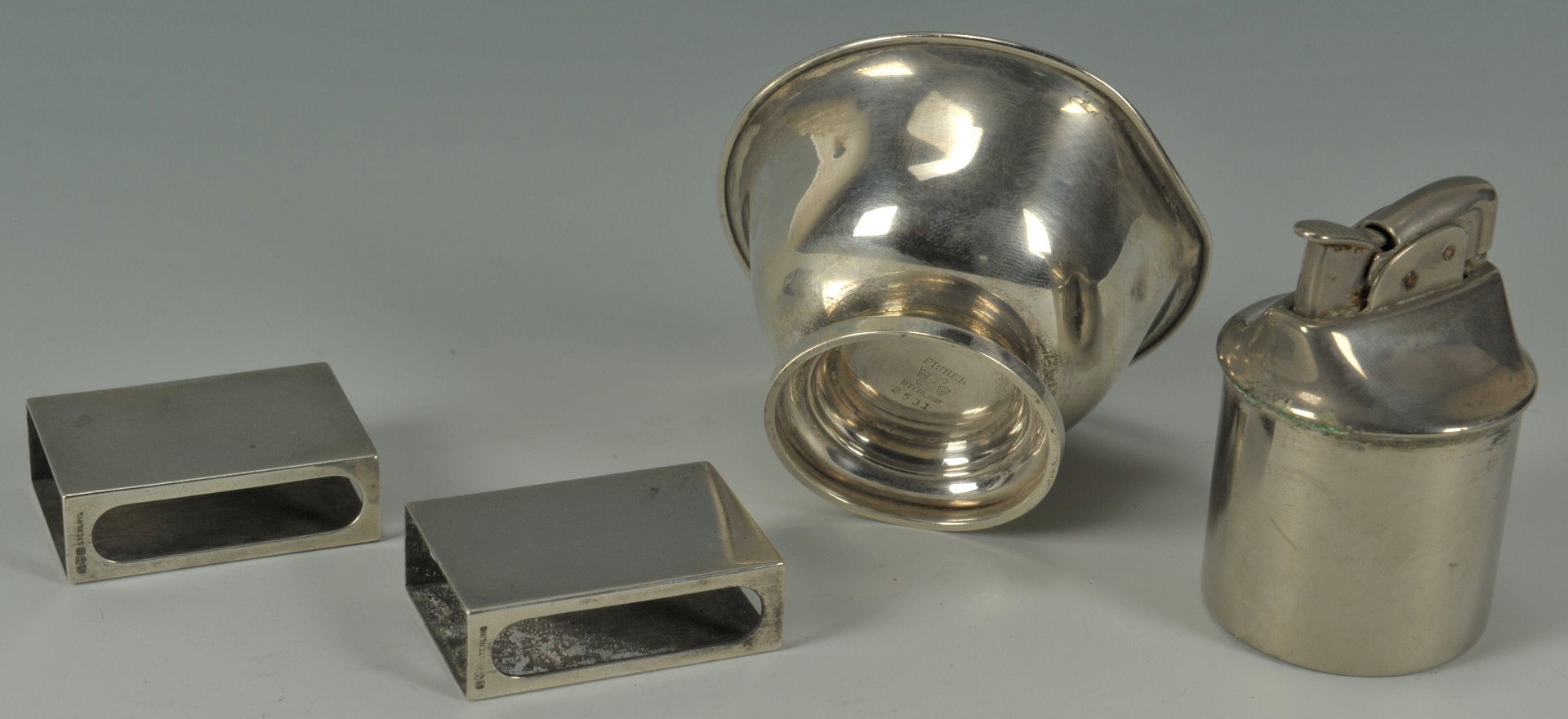 Lot 422: Group of silver hollowware, 9 pcs