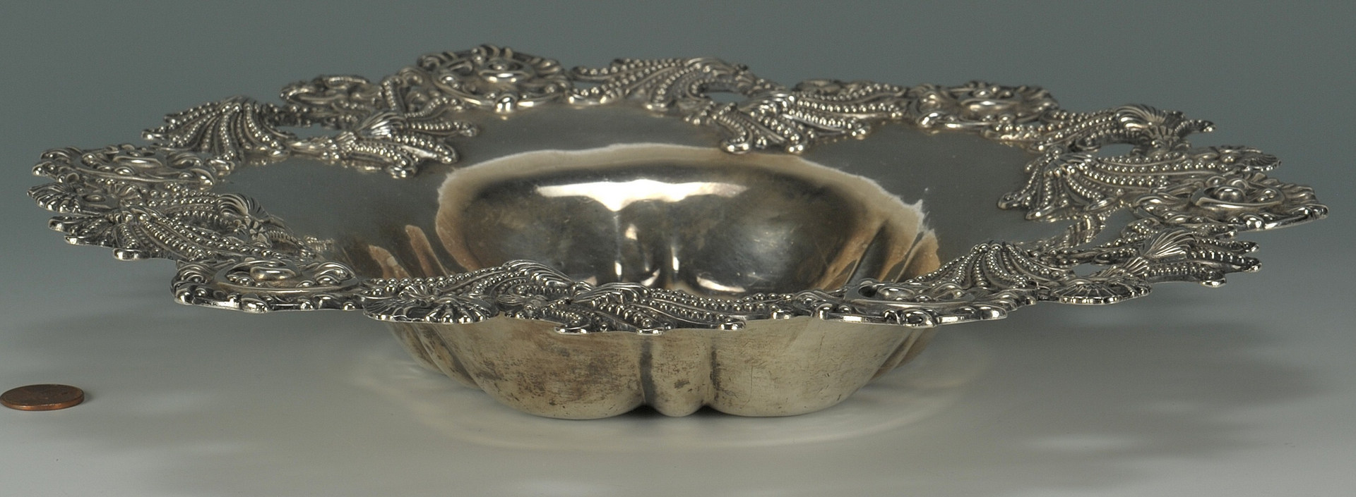 Lot 424: Dominick & Haff sterling bowl, seashell design