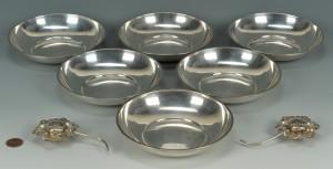 Lot 435: 6 Sterling fruit bowls plus flower figural S & P