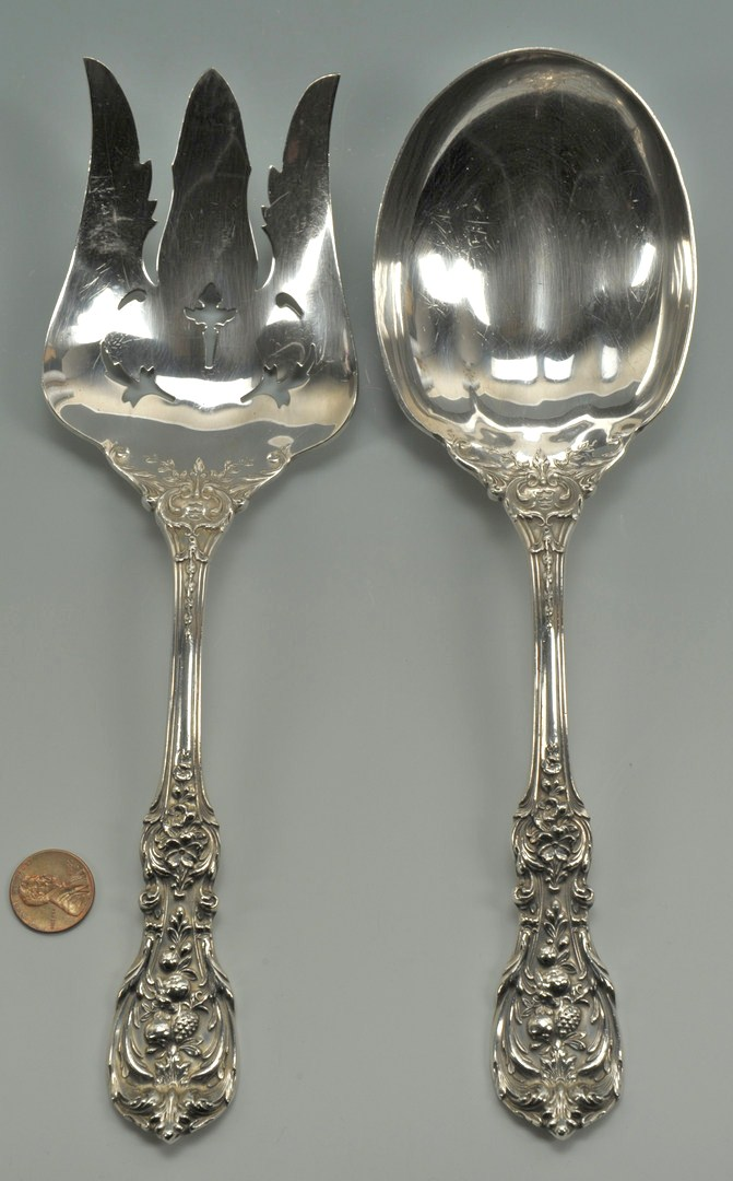 Lot 437: Reed and Barton Francis I Salad Serving Set